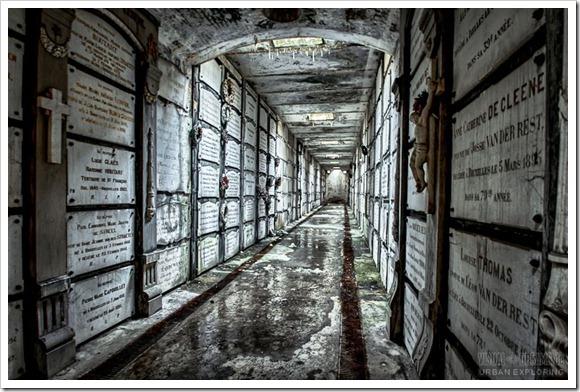 crypt05